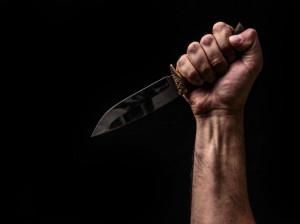 تعبیر خواب خنجر : 26 تفسیر و تعبیر دیدن خنجر (دشنه) در خواب