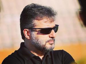 جواد هاشمی: هم در هیئت امام حسین لخت میشم هم استخر