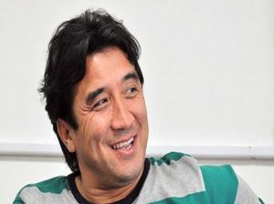 خداداد عزیزی: فوتبال اصفهان فقط پولداره !