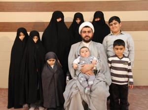 جوانترین پدربزرگ ایرانی، 39 سال سن و 15 فرزند و نوه