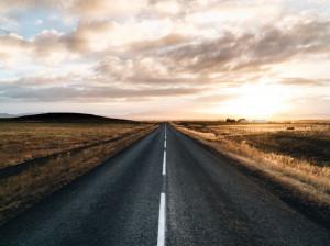 تعبیر خواب جاده: 48 نشانه و تعبیر دیدن جاده در خواب