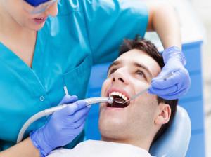 لیست کلینیک های دندانپزشکی شیراز به همراه آدرس و تلفن