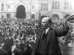 تفاوت کودتا و انقلاب چه می باشد و هرکدام چه ویژگی هایی دارند