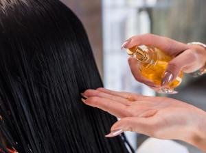 طرز تهیه 5 سرم موی خانگی با اثر فوق العاده