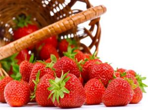 خواص توت فرنگی،خاصیت های توت فرنگی که شما را متعجب خواهد کرد!