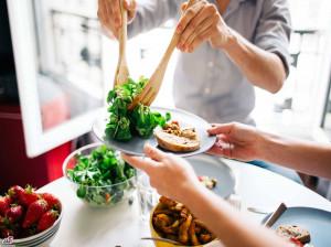 آیا میدانید رژیم غذایی غلط چه عوارضی دارد؟!