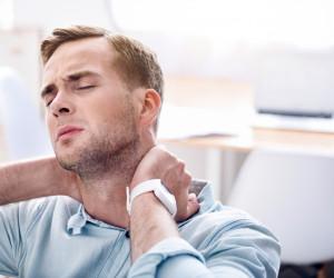 علت گردن درد و درمان آن