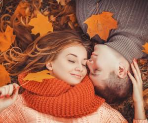 ۵۰ عکس جدید و با کیفیت عاشقانه دونفره پائیزی
