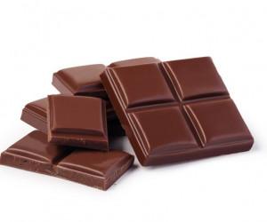 تعبیر خواب شکلات: 44 نشانه و تفسیر دیدن شکلات در خواب