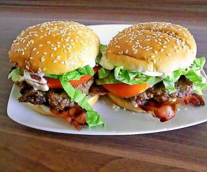 همبرگر رژیمی بادمجان و قارچ، یک ساندویچ خوشمزه گیاهی