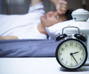 اختلالات خواب : علایم، علل، تشخیص و درمان بی خوابی شبانه