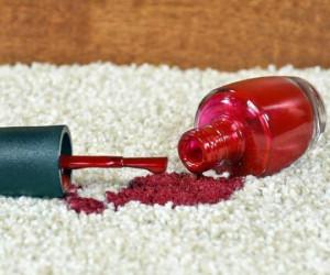 تکنیک های معجزه آسا برای از بین بردن لکه لاک از روی فرش