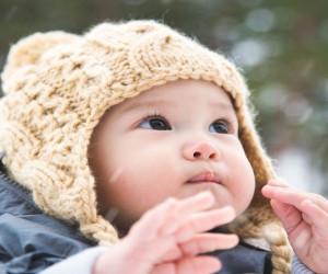 8 مورد از بهترین پوشاک برای سیسمونی نوزاد متولد زمستان