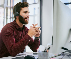 تاثیر پشتیبانی آنلاین و 24 ساعته در بهبود کسب و کار