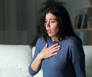 ارتوپنیا (ارتوپنه) یا تنگی تنفس در حالت درازکش