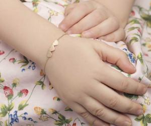 خواص و مزایای خرید طلا برای نوزاد و کودکان