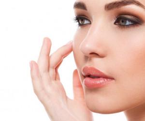 معرفی 5 کرم ایرانی و 5 کرم خارجی برای درمان جوش صورت
