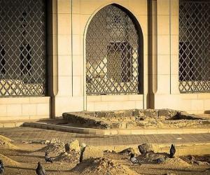 علت مخفی ماندن قبر حضرت زهرا (س) چیست ؟