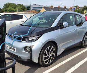 عمر باتری خودرو های برقی چقدر است ؟