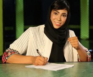 سهیلا منصوریان با استایل جدید و جنجالی در کیش