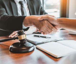 قرارداد پرکیس چیست ؟ + نمونه قرارداد پرکیس پزشکان