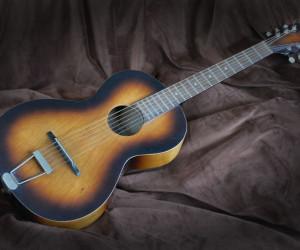 تعبیر خواب گیتار : 17 نشانه و تعبیر دیدن گیتار در خواب