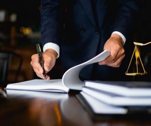 تفاوت قانون عادی و اساسی