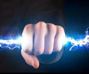 عوارض برق گرفتگی : هنگام برق گرفتگی چه اتفاقاتی در بدن رخ می دهد ؟