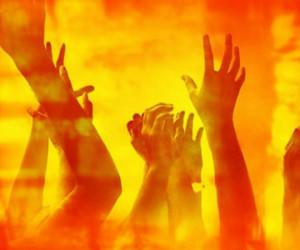 بررسی عواقب جبران ناپذیر اصرار بر گناه و توبه نکردن