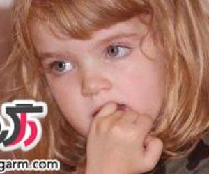 علت ناخن جویدن کودکان چیست؟