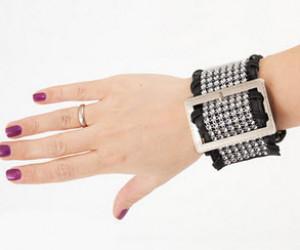 آموزش ساخت دستبند چرمی نگین دار