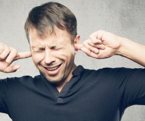 شیزوفرنی (اسکیزوفرنی) چیست و چه علائمی دارد؟