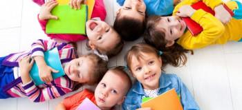 بهترین شیوه ی آموزش شعر به کودکان زیر ۵ سال