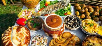 طرز تهیه ۱۰ غذای روسی که تا به حال طمع آن را نچشیده اید