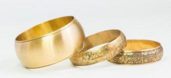 تعبیر خواب دستبند: ۳۲ ترجمه و تعبیر دستبند طلا و نقره در خواب