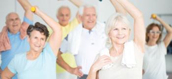 ۹ حرکت ورزشی آسان و ساده برای سالمندان