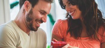 ۱۰ هدیه پیشنهادی شیک و مناسب برای تولد شوهر