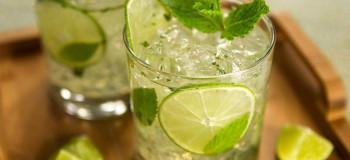طرز تهیه ۲ نوع شربت لیموناد با پرتقال و لیمو ترش
