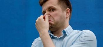 آیا بو و رنگ غیر طبیعی مایع منی نشان دهنده بیماری حاد است ؟