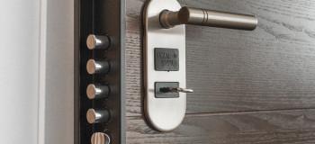 چگونه خیلی سریع کلید شکسته شده را از داخل قفل در بیاوریم ؟