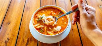 طرز پخت سوپ میگو ذرتی