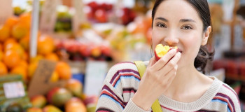 ۱۰ فایده مصرف شلیل برای خانم های باردار