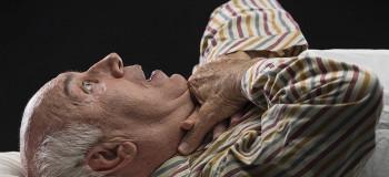 آموزش کمک های اولیه در هنگام خفگی و تنگی نفس