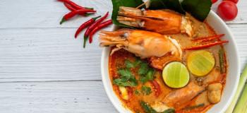 طرز تهیه سوپ مجلسی و مقوی تام یام کونگ (سوپ تایلندی)