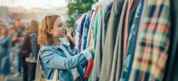 لباس تاناکورا از کجا میاد؟ علت بو دادن این لباس ها چیست؟