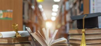 ۳۵ متن ادبی، خاص و بسیار زیبا برای تبریک فارغ التحصیلی