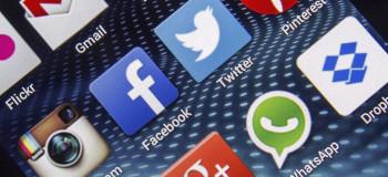 ۴ روش برای دیدن افرادی که پروفایل واتساپ شما را چک میکنند