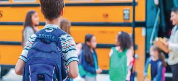 ۴۰ متن و جملات زیبای تبریک ورود به مدرسه به (دوست و همکلاسی)