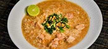 طرز تهیه سوپ مرغ و برنج قهوه ای، برای زنان باردار