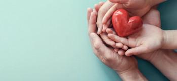 مهربانی کودکان : ۱۰ راهکار طلایی برای تقویت مهربانی در کودکان